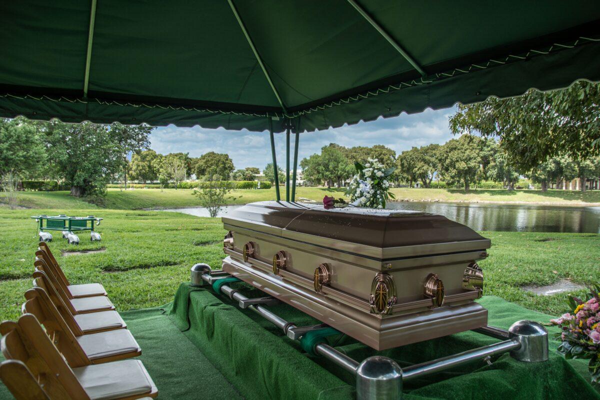 entrepreneur de pompes funèbres